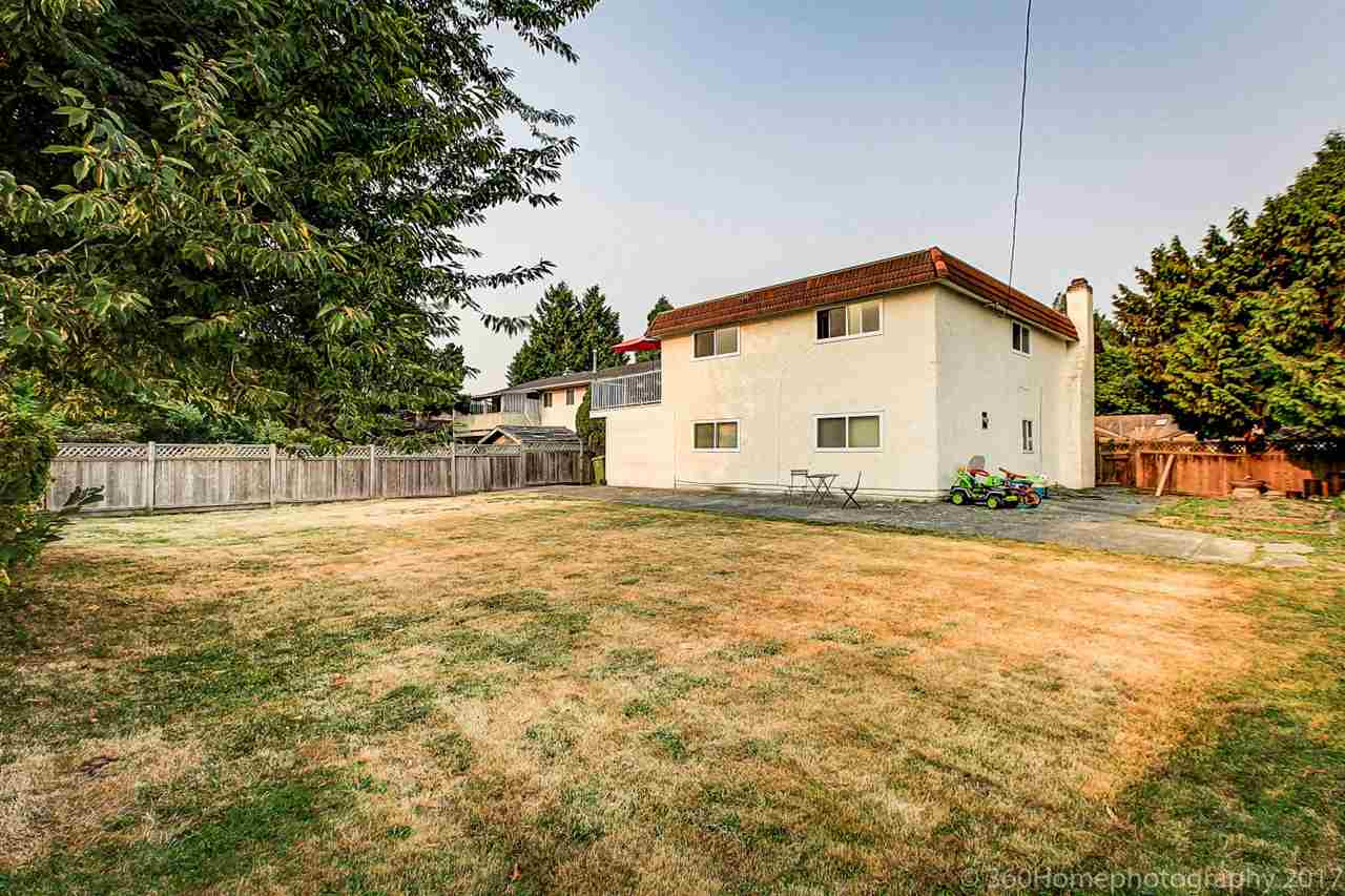 Detached at 10951 SOUTHPORT ROAD, Richmond, British Columbia. Image 18