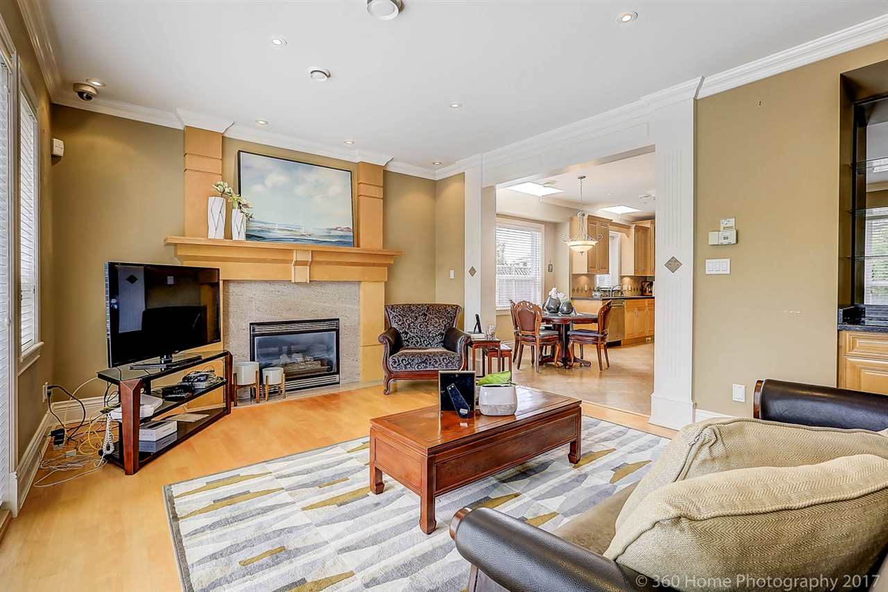 Detached at 5531 BLUNDELL ROAD, Richmond, British Columbia. Image 5