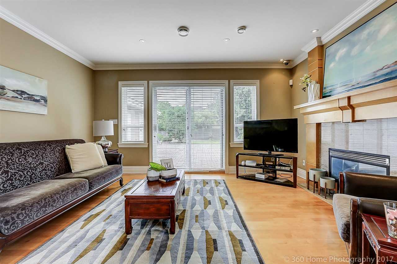 Detached at 5531 BLUNDELL ROAD, Richmond, British Columbia. Image 6