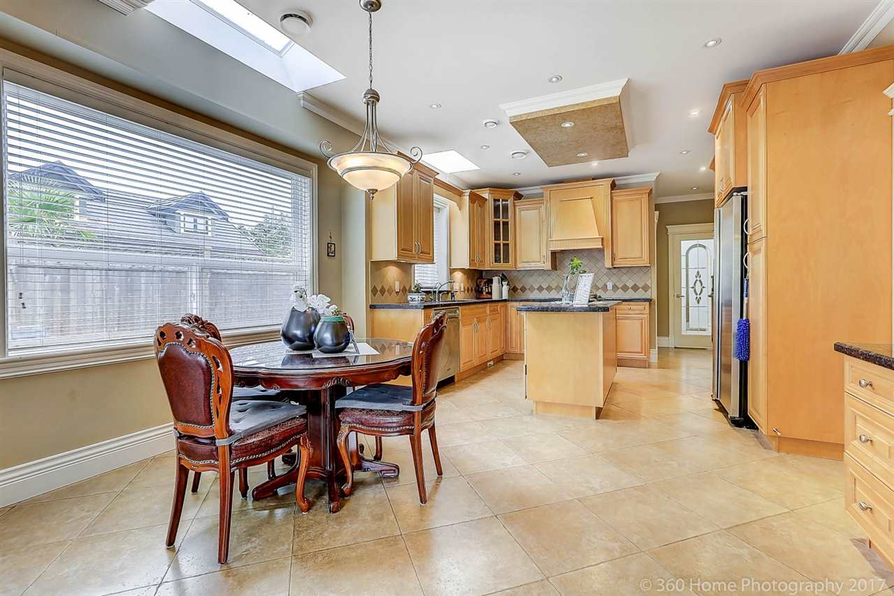 Detached at 5531 BLUNDELL ROAD, Richmond, British Columbia. Image 8