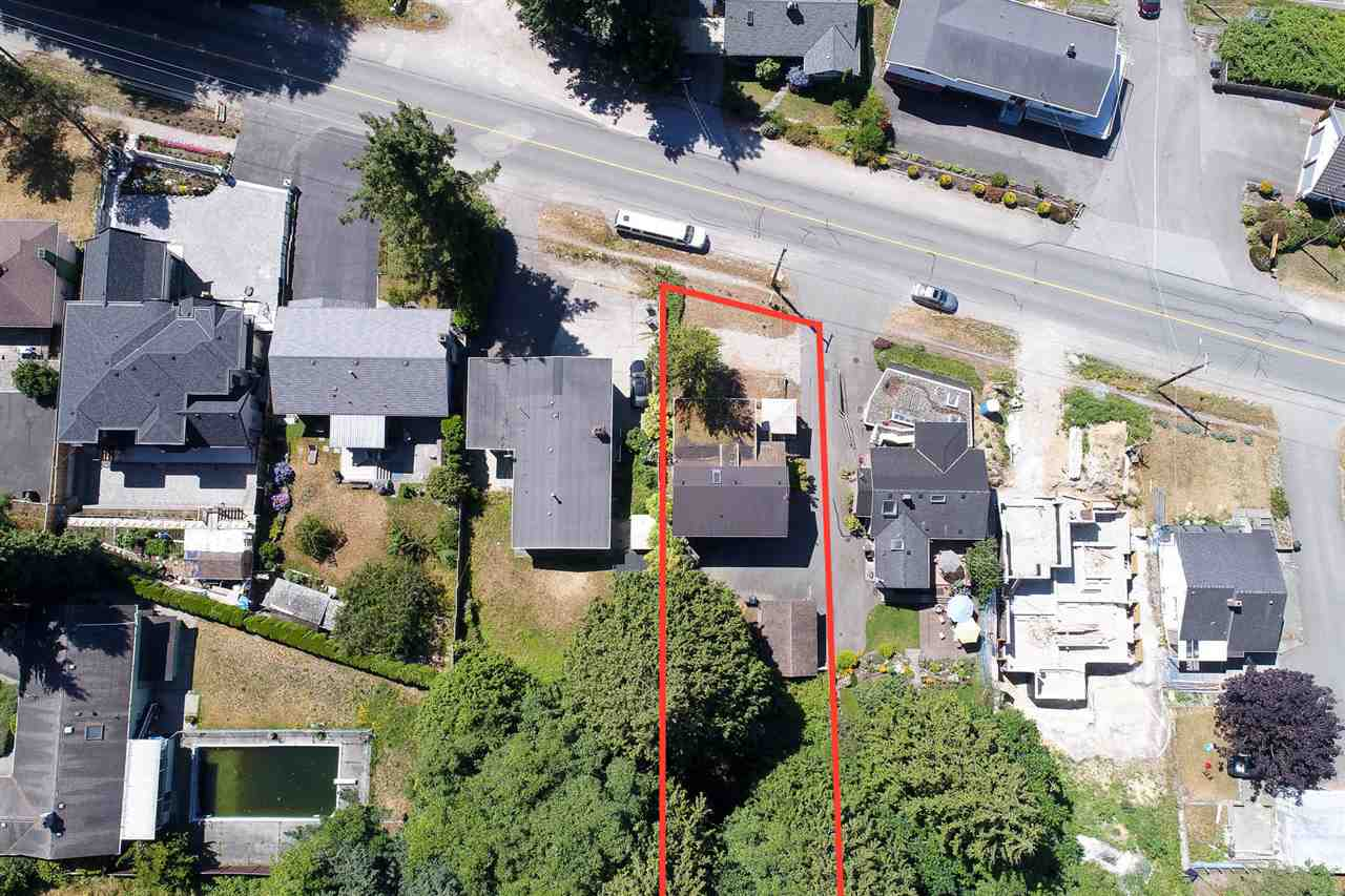 Detached at 4965 SE MARINE DRIVE, Burnaby South, British Columbia. Image 3