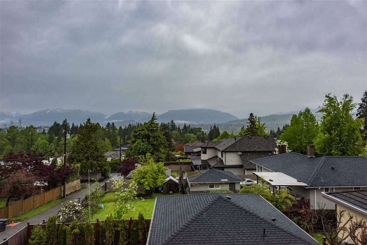 Detached at 6555 STANLEY STREET, Burnaby South, British Columbia. Image 13