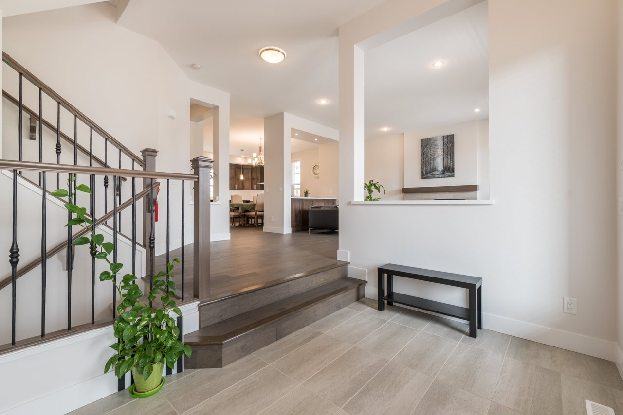 Detached at 1428 STRAWLINE HILL STREET, Coquitlam, British Columbia. Image 2