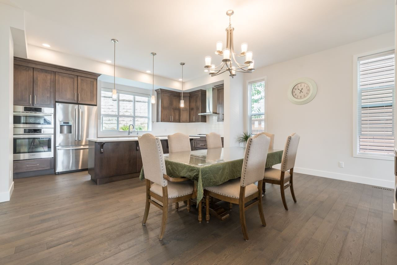 Detached at 1428 STRAWLINE HILL STREET, Coquitlam, British Columbia. Image 5