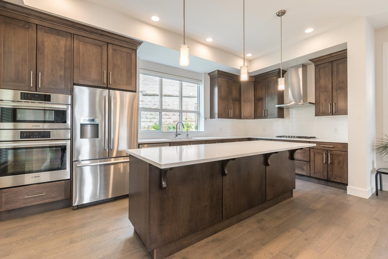 Detached at 1428 STRAWLINE HILL STREET, Coquitlam, British Columbia. Image 6