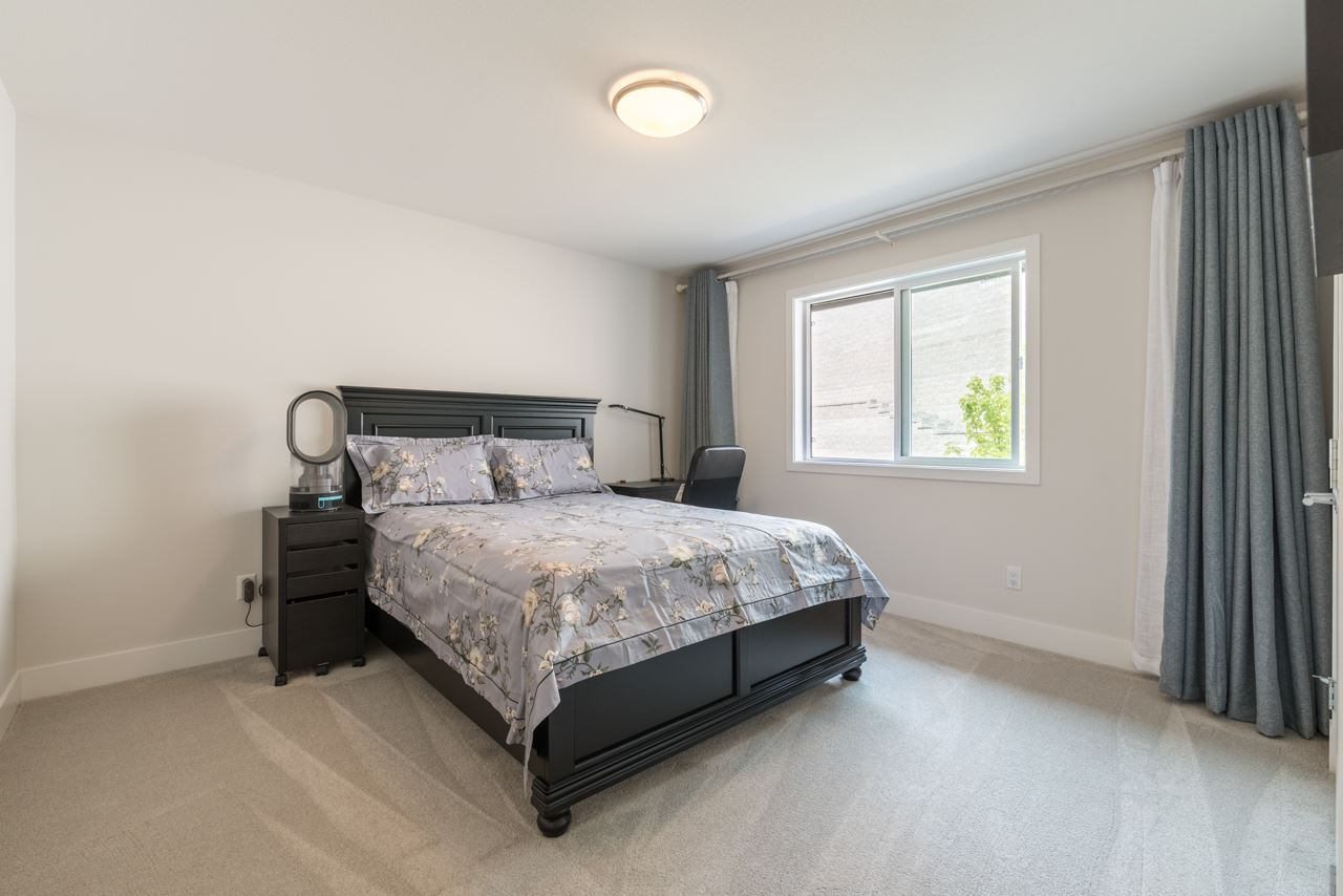 Detached at 1428 STRAWLINE HILL STREET, Coquitlam, British Columbia. Image 18