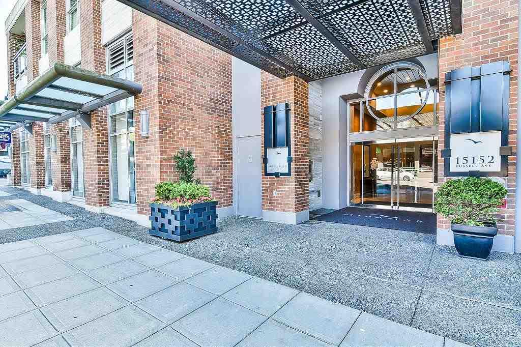 Condo Apartment at 801 15152 RUSSELL AVENUE, Unit 801, South Surrey White Rock, British Columbia. Image 2