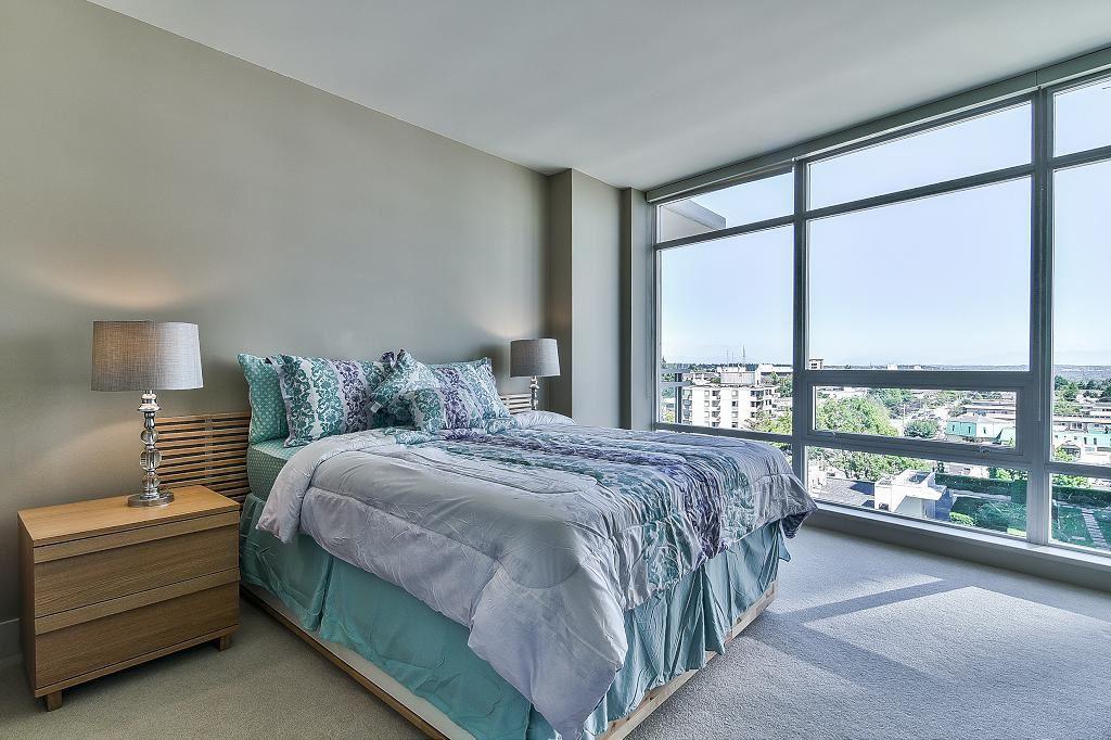 Condo Apartment at 801 15152 RUSSELL AVENUE, Unit 801, South Surrey White Rock, British Columbia. Image 13