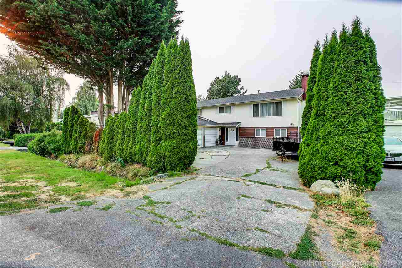 Detached at 8875 COOK CRESCENT, Richmond, British Columbia. Image 1