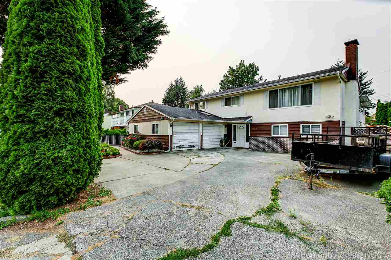 Detached at 8875 COOK CRESCENT, Richmond, British Columbia. Image 12