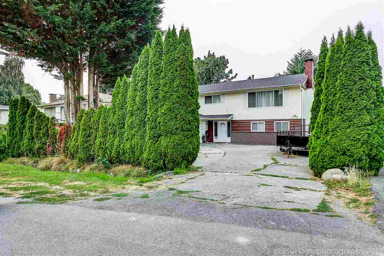 Detached at 8875 COOK CRESCENT, Richmond, British Columbia. Image 13