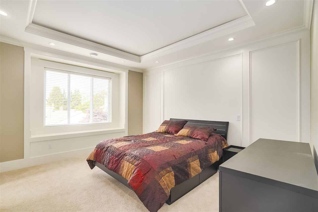 Detached at 10291 SWINTON CRESCENT, Richmond, British Columbia. Image 18