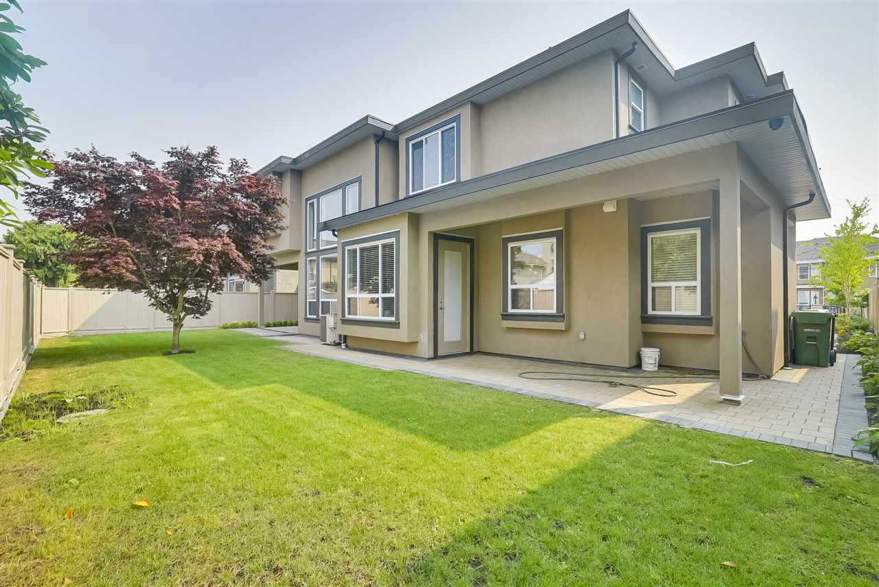 Detached at 10291 SWINTON CRESCENT, Richmond, British Columbia. Image 20