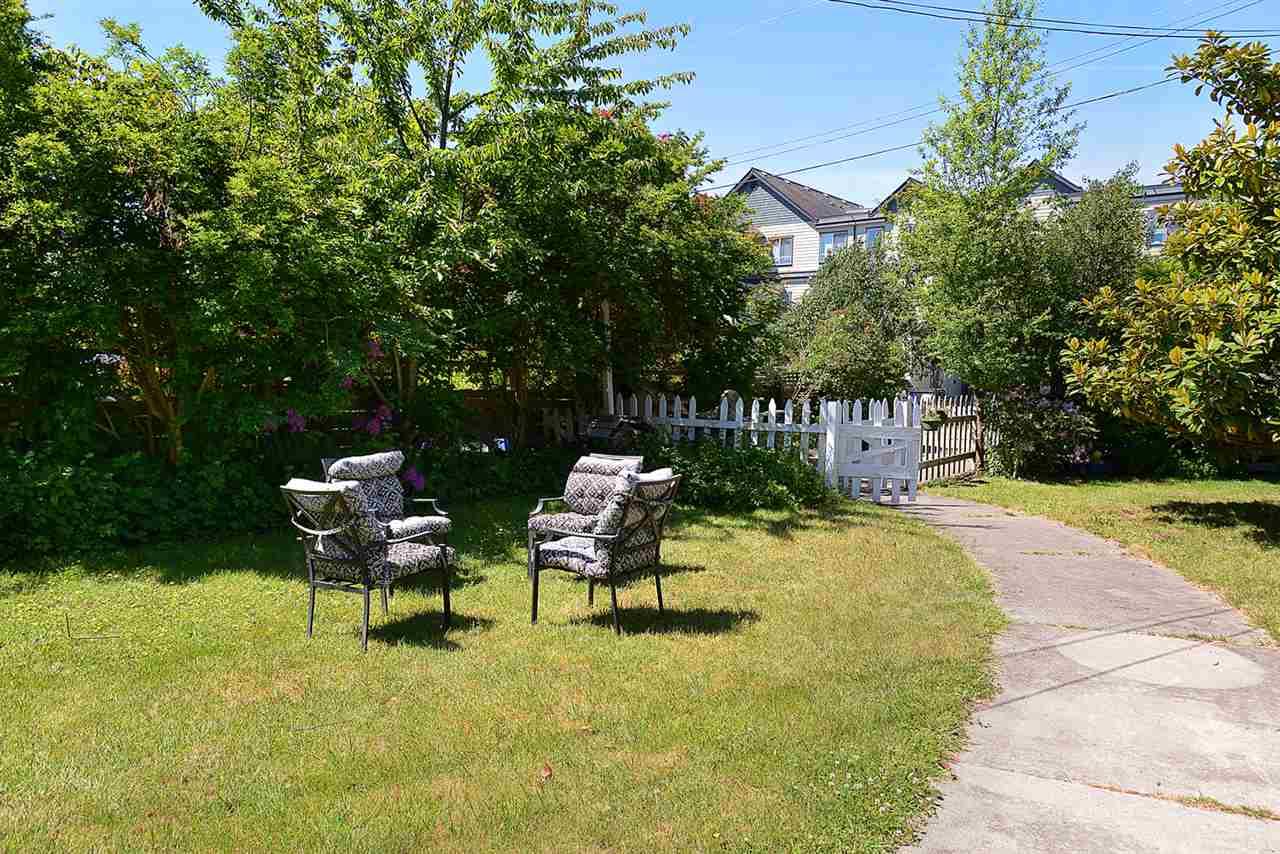 Detached at 5504 ORCHARD STREET, Sunshine Coast, British Columbia. Image 15