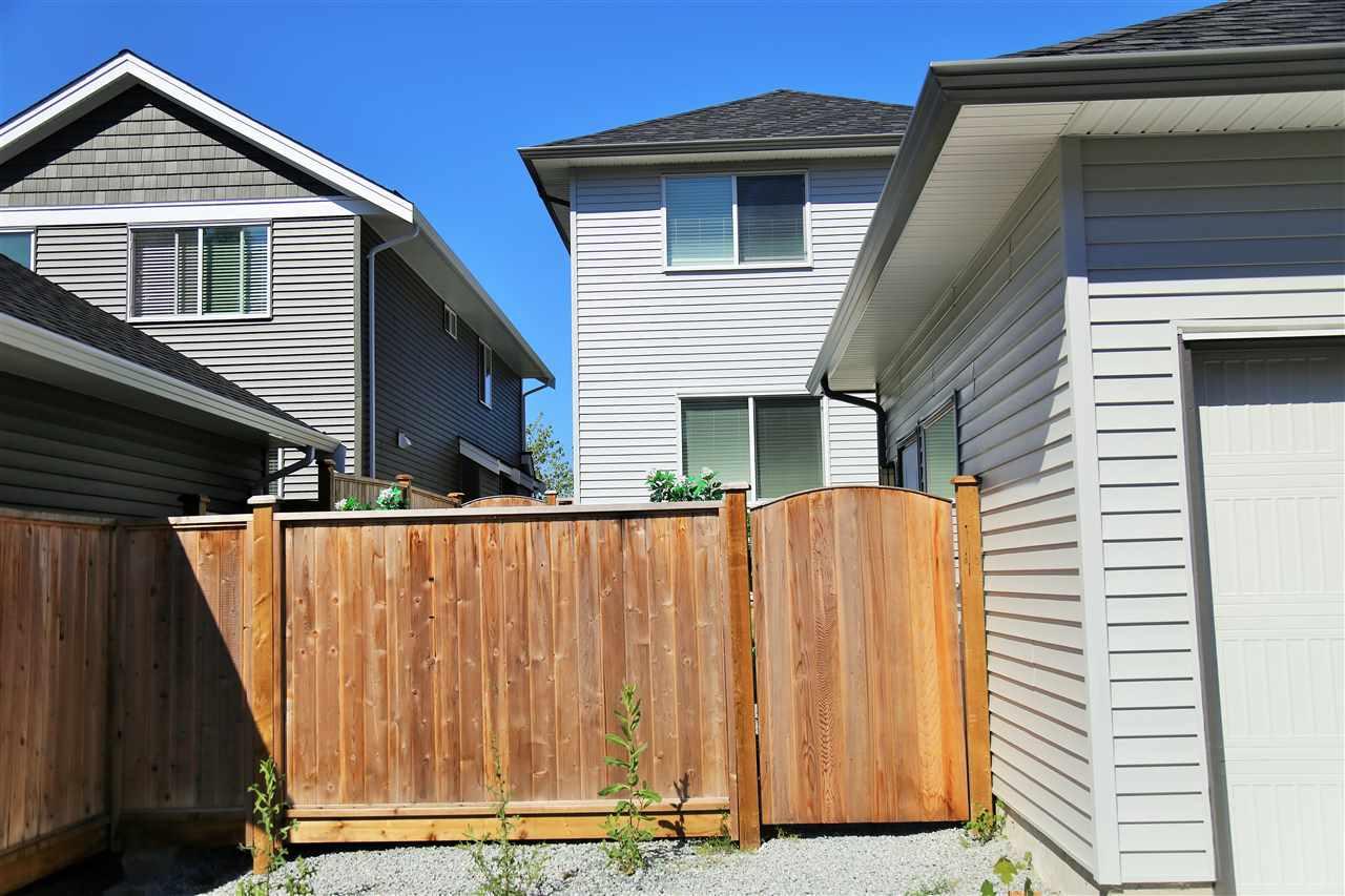 Detached at 10166 244 STREET, Maple Ridge, British Columbia. Image 20