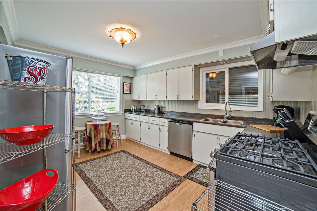 Detached at 8462 BENBOW STREET, Mission, British Columbia. Image 5