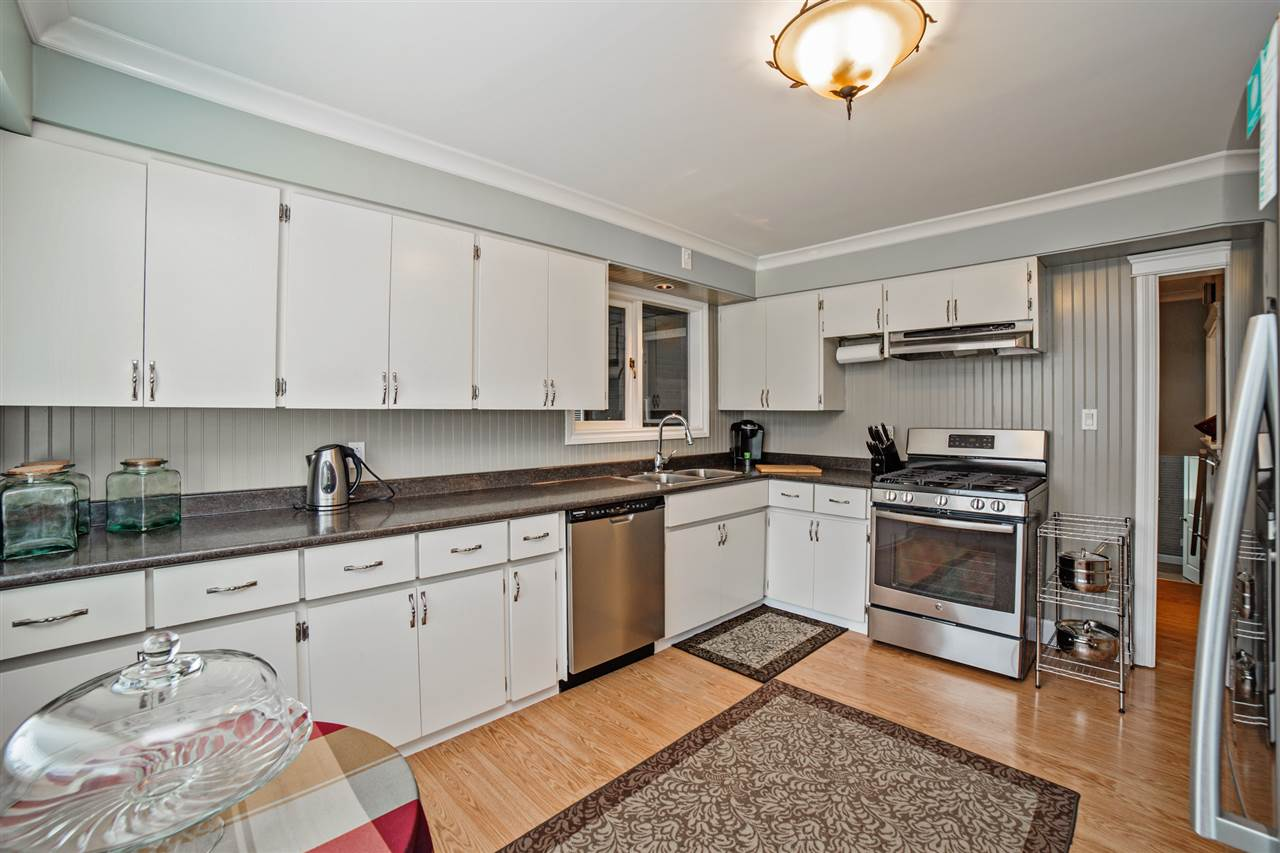 Detached at 8462 BENBOW STREET, Mission, British Columbia. Image 6