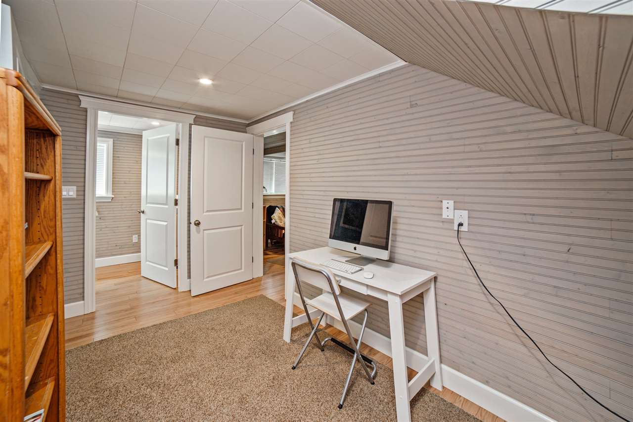 Detached at 8462 BENBOW STREET, Mission, British Columbia. Image 12