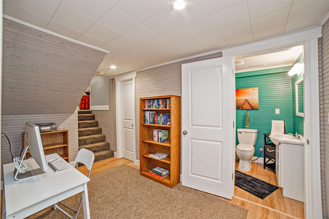 Detached at 8462 BENBOW STREET, Mission, British Columbia. Image 16