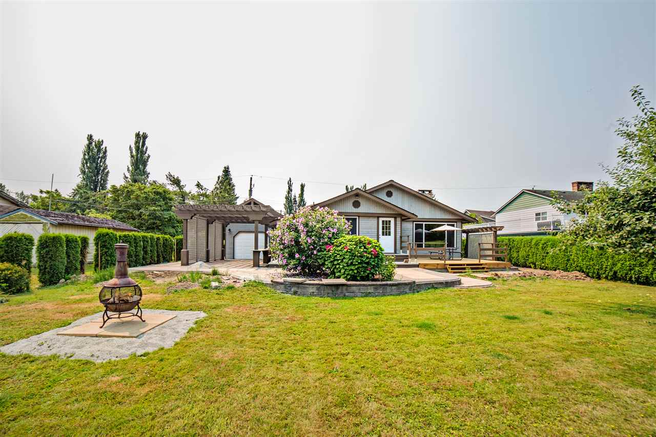 Detached at 8462 BENBOW STREET, Mission, British Columbia. Image 20