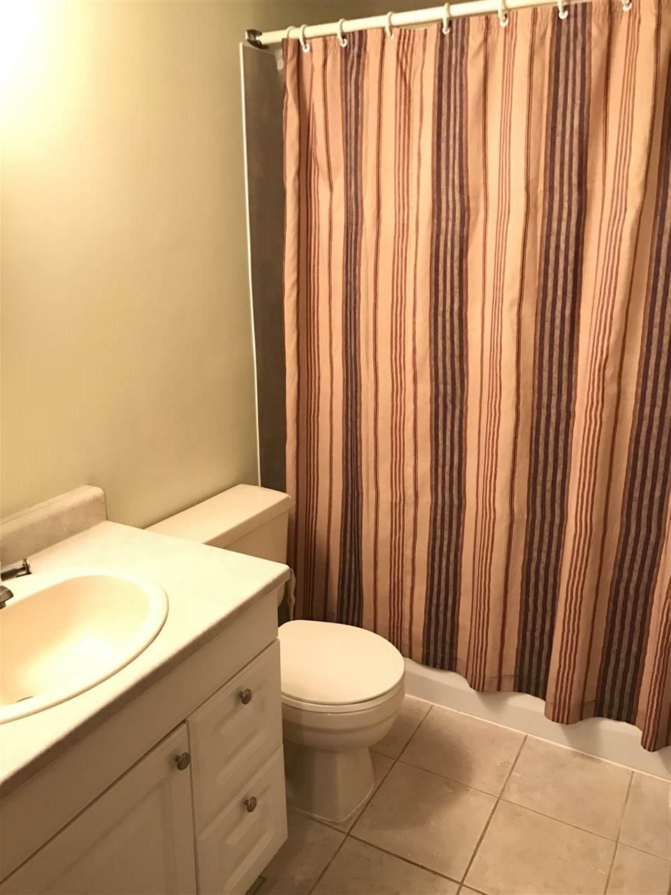 Condo Apartment at 1 450 ESPLANADE AVENUE, Unit 1, Harrison Hot Springs, British Columbia. Image 9