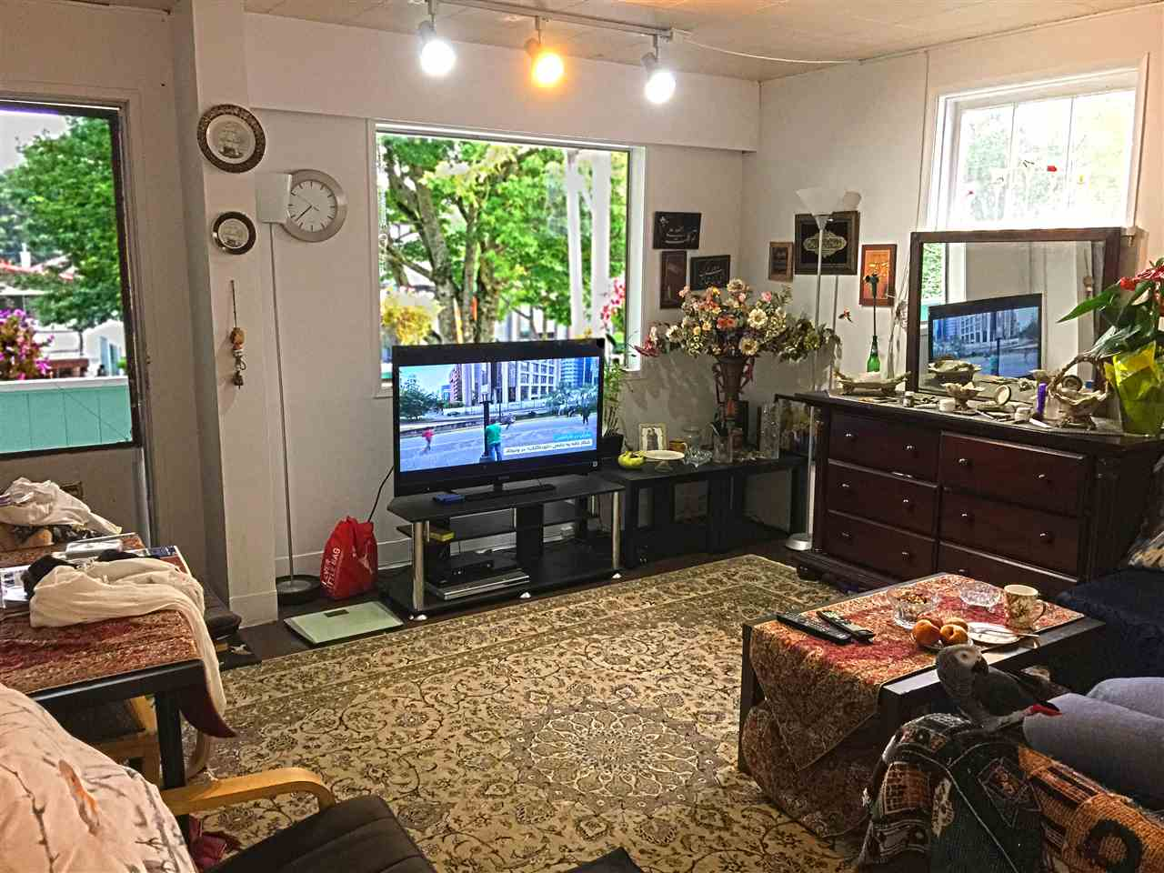 Detached at 219 W 63RD AVENUE, Vancouver West, British Columbia. Image 2