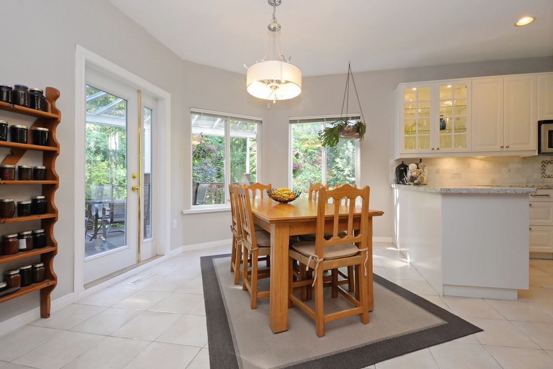 Detached at 1801 CAMELBACK COURT, Coquitlam, British Columbia. Image 7