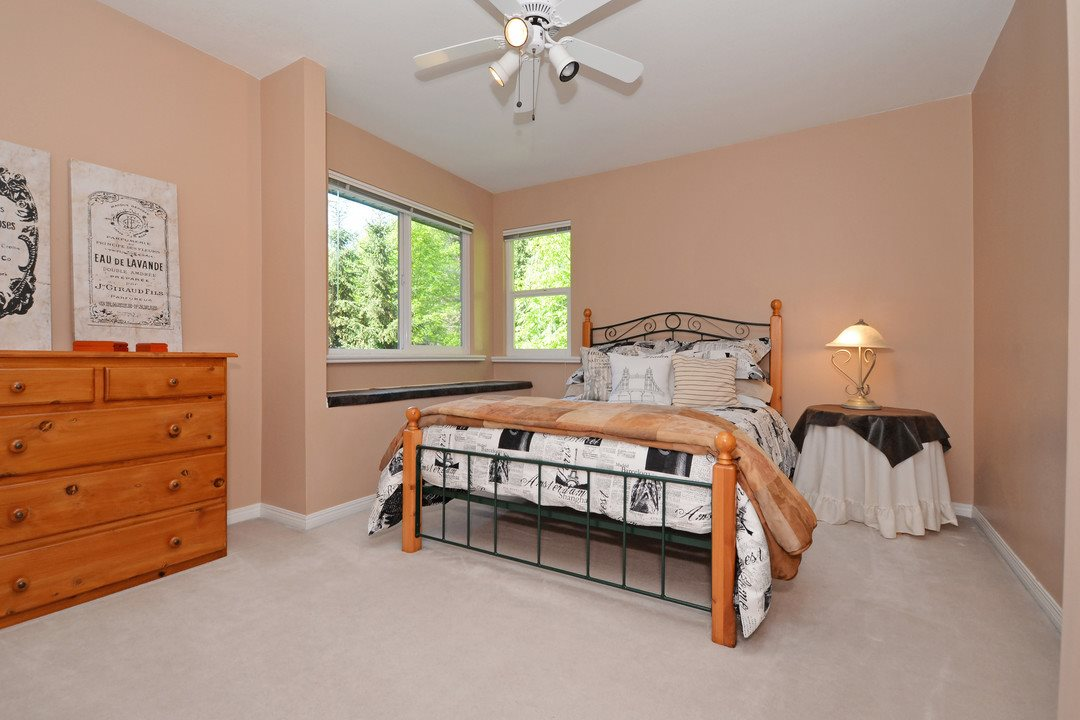 Detached at 1801 CAMELBACK COURT, Coquitlam, British Columbia. Image 12