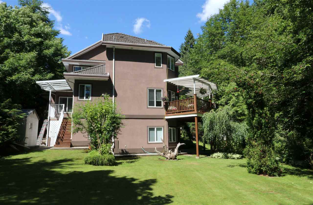 Detached at 1801 CAMELBACK COURT, Coquitlam, British Columbia. Image 19