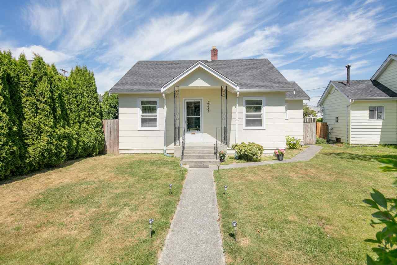 Detached at 2251 WELLINGTON CRESCENT, Richmond, British Columbia. Image 1