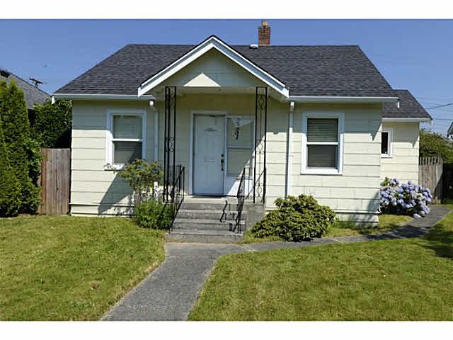 Detached at 2251 WELLINGTON CRESCENT, Richmond, British Columbia. Image 17