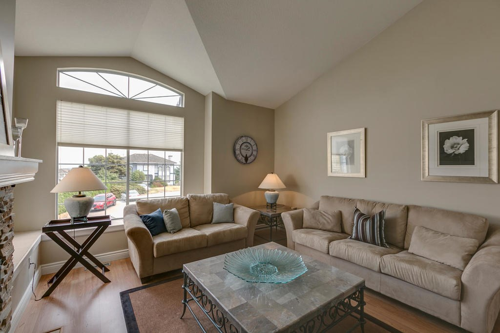 Detached at 1147 EARLS COURT, Port Coquitlam, British Columbia. Image 4