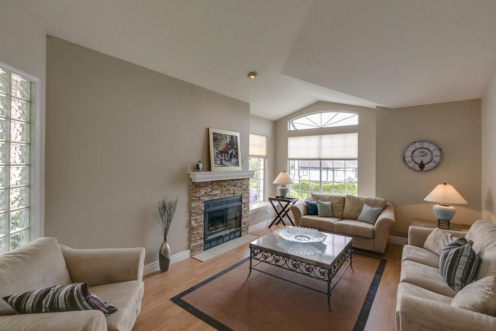 Detached at 1147 EARLS COURT, Port Coquitlam, British Columbia. Image 5