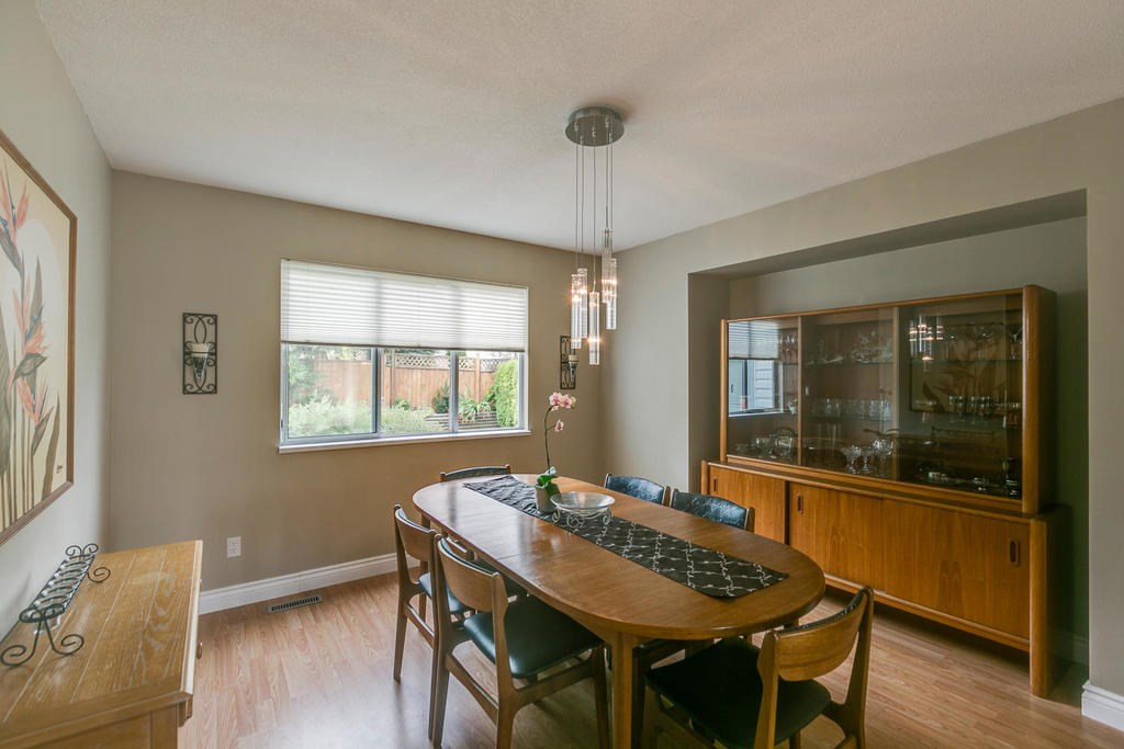 Detached at 1147 EARLS COURT, Port Coquitlam, British Columbia. Image 6