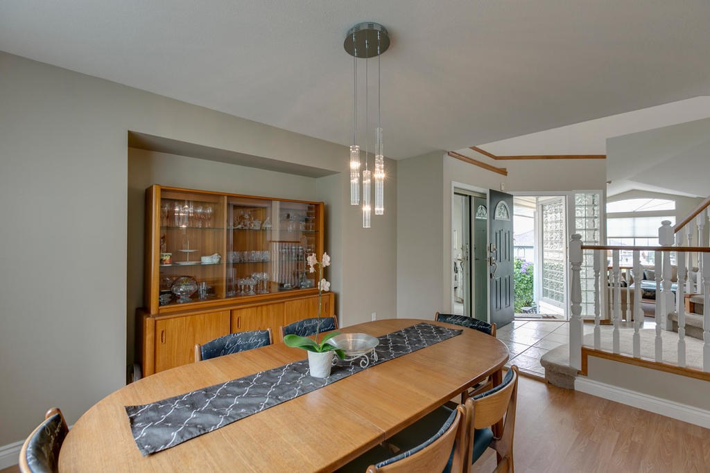 Detached at 1147 EARLS COURT, Port Coquitlam, British Columbia. Image 7