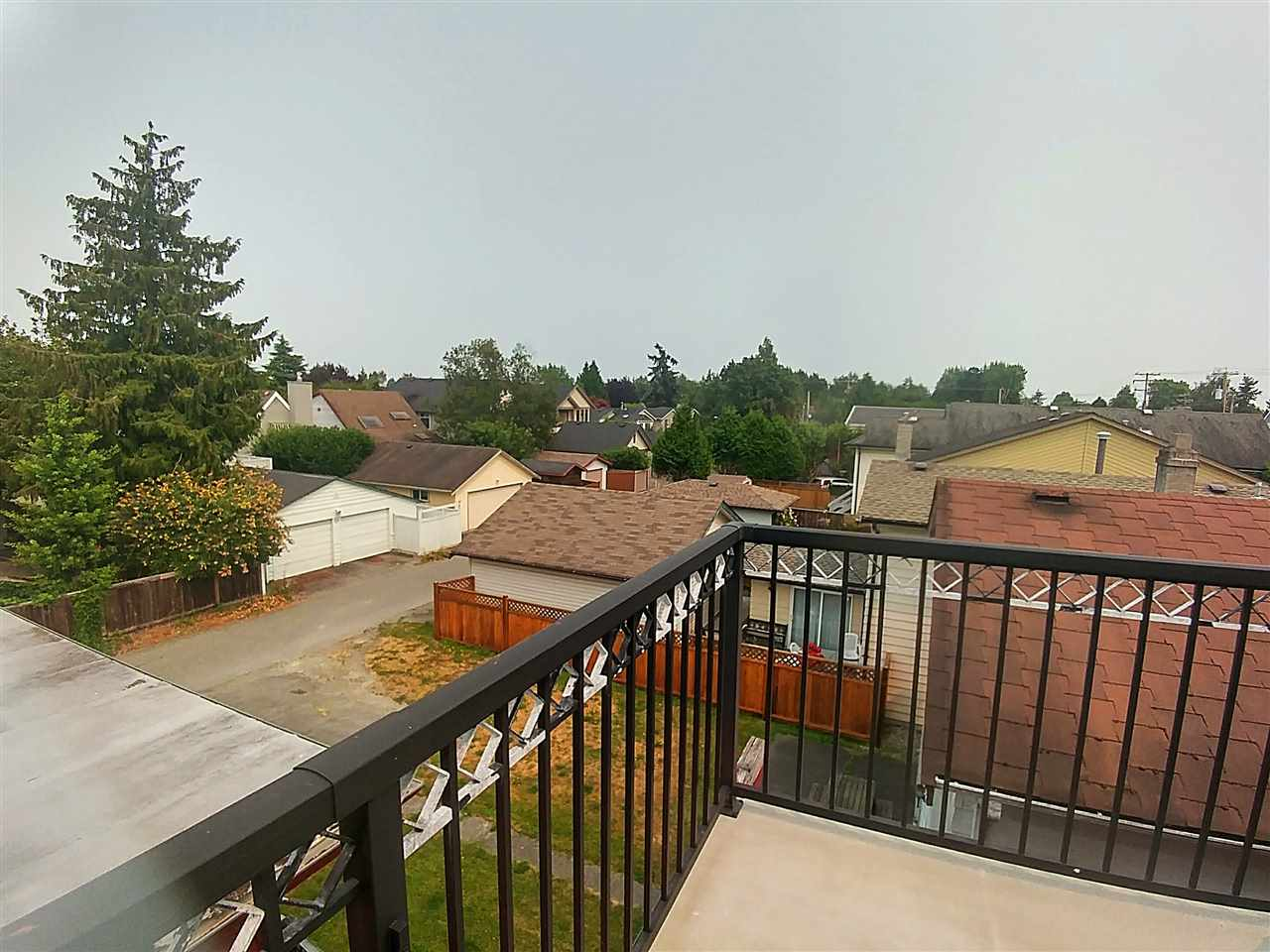 Detached at 3811 STEVESTON HIGHWAY, Richmond, British Columbia. Image 5