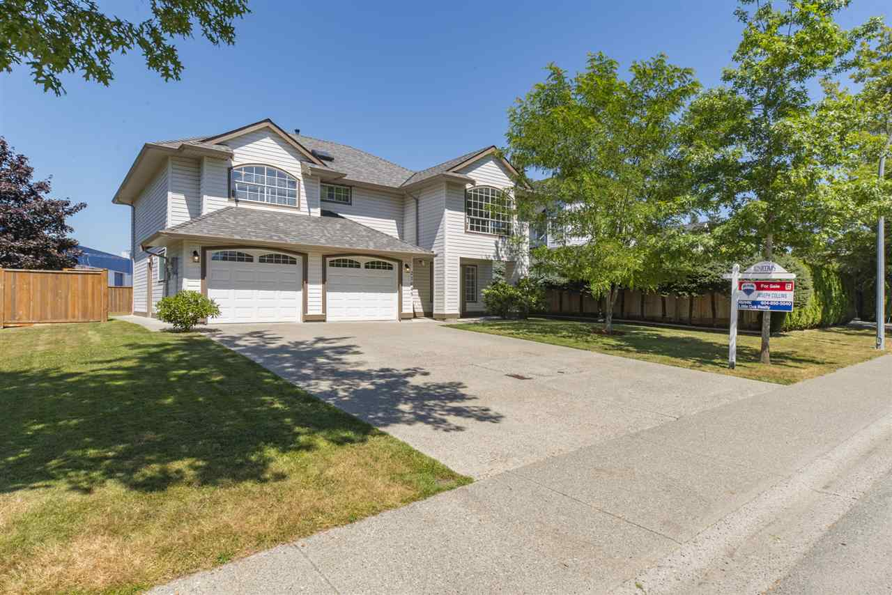 Detached at 21645 50B AVENUE, Langley, British Columbia. Image 1