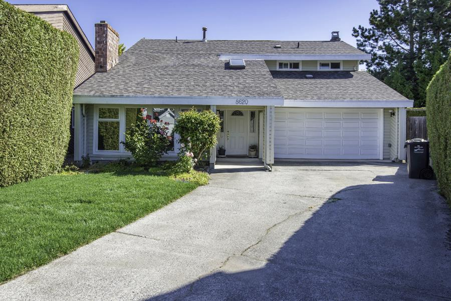 Detached at 8620 DOULTON PLACE, Richmond, British Columbia. Image 1