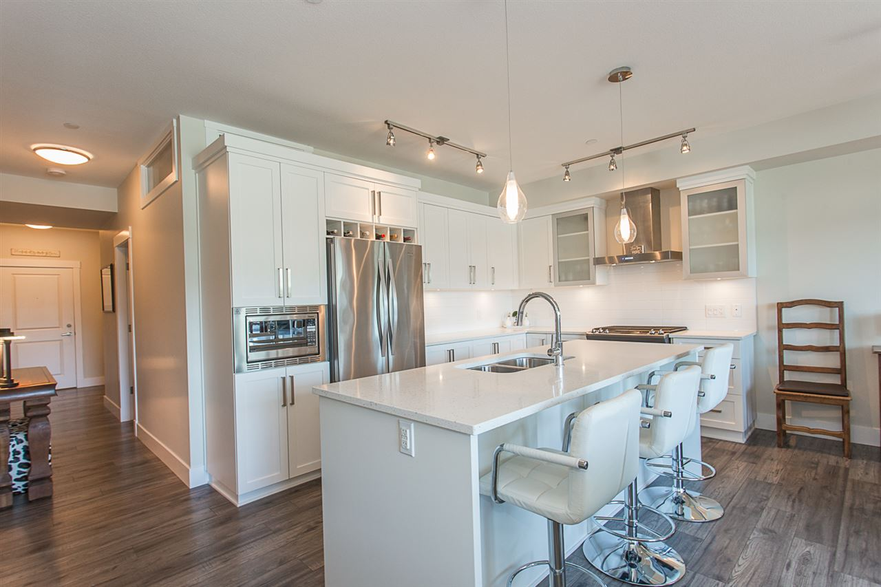 Condo Apartment at 307 22327 RIVER ROAD, Unit 307, Maple Ridge, British Columbia. Image 5