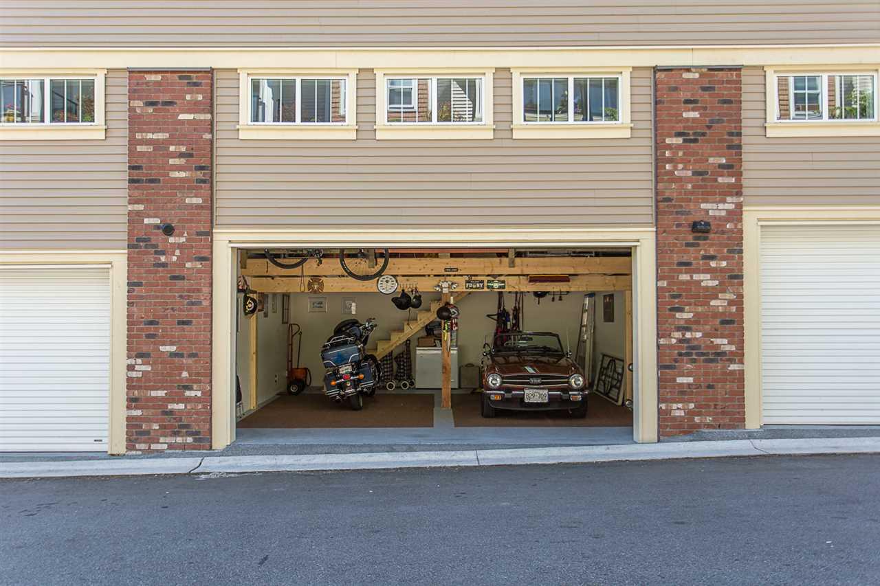 Condo Apartment at 307 22327 RIVER ROAD, Unit 307, Maple Ridge, British Columbia. Image 18
