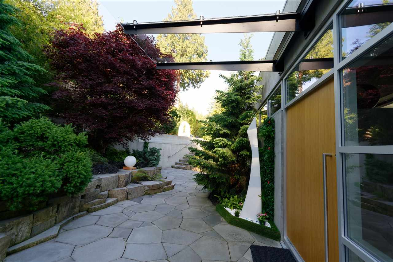 Detached at 2187 GISBY STREET, West Vancouver, British Columbia. Image 6