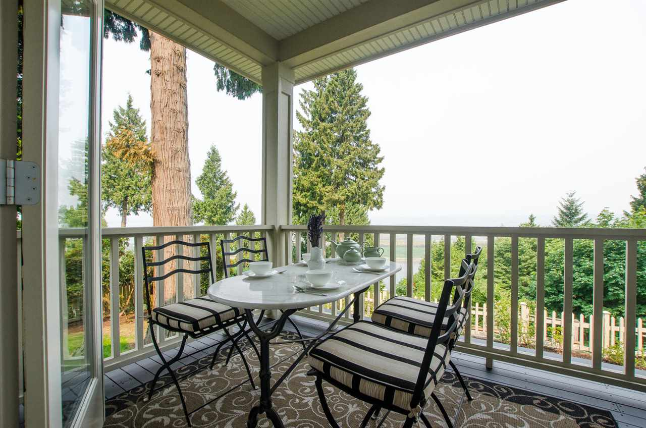 Detached at 13063 CRESCENT ROAD, South Surrey White Rock, British Columbia. Image 20