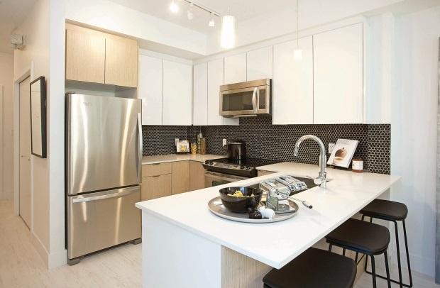 Condo Apartment at 415 6438 195A STREET, Unit 415, Cloverdale, British Columbia. Image 2