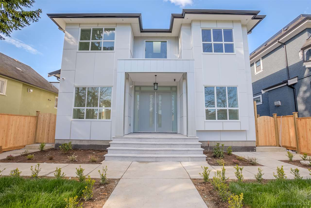 Detached at 3961 PINE STREET, Burnaby South, British Columbia. Image 1
