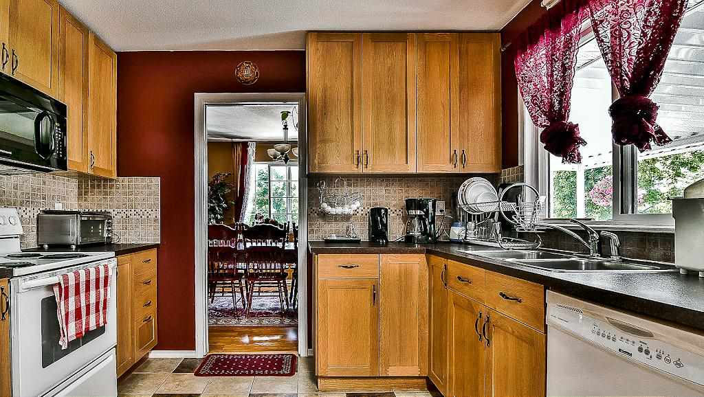 Detached at 27175 27 AVENUE, Langley, British Columbia. Image 7
