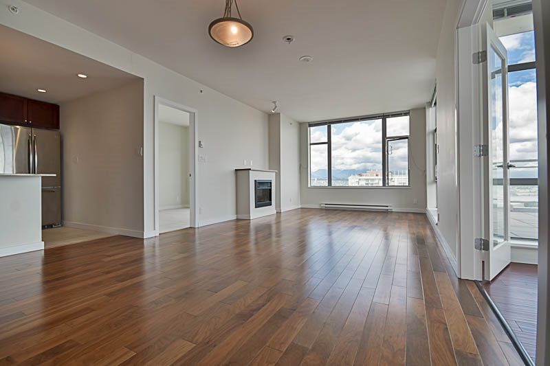 Condo Apartment at 2302 280 ROSS DRIVE, Unit 2302, New Westminster, British Columbia. Image 5