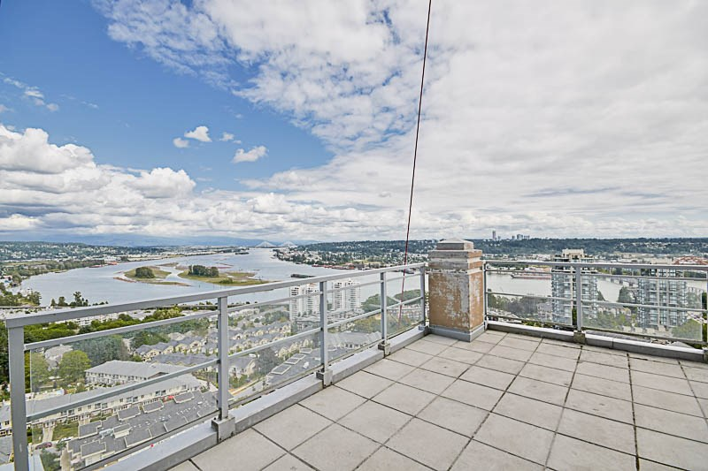 Condo Apartment at 2302 280 ROSS DRIVE, Unit 2302, New Westminster, British Columbia. Image 15