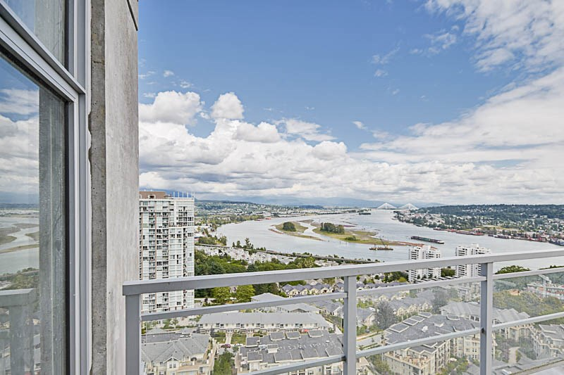 Condo Apartment at 2302 280 ROSS DRIVE, Unit 2302, New Westminster, British Columbia. Image 16