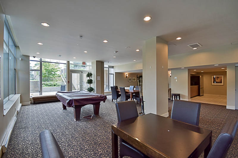 Condo Apartment at 2302 280 ROSS DRIVE, Unit 2302, New Westminster, British Columbia. Image 18