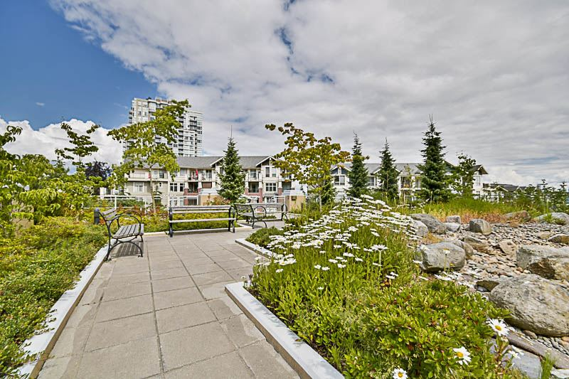 Condo Apartment at 2302 280 ROSS DRIVE, Unit 2302, New Westminster, British Columbia. Image 19